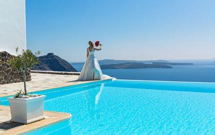 結婚式場 プールがある